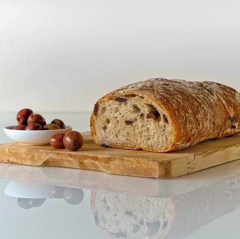 Q346 男前の食パン
