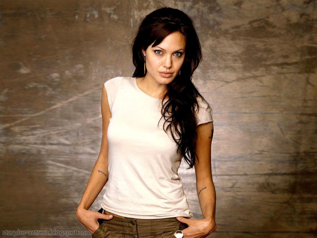 http://2.bp.blogspot.com/-_RZY2G5mF0k/TgD-ImGk2kI/AAAAAAAAH7c/eMW0_ZomfWM/s1600/Angelina-Jolie-102.JPG