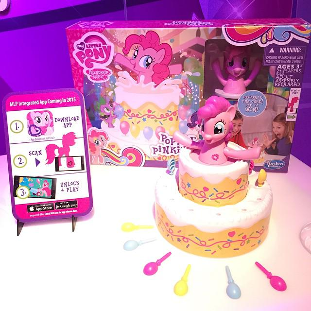 Poppin Pinkie Pie Game At The Ny Toy Fair Mlp Merch