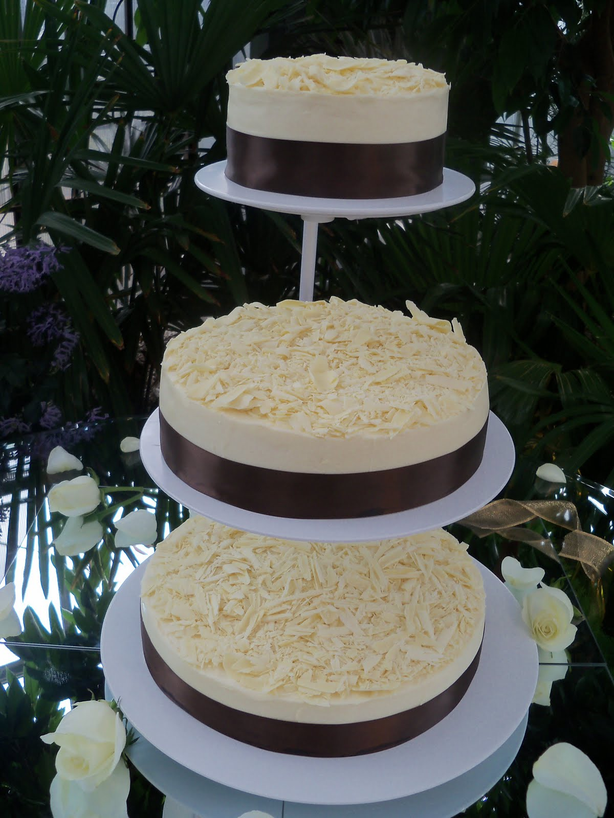 dede 39 s cakes cheesecake wedding cake. Black Bedroom Furniture Sets. Home Design Ideas