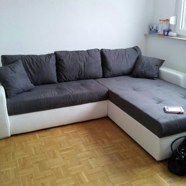Ich Habe Ein Supertolles Schnppchen Fr All Diejenigen Entdeckt Die Gerade Auf Der Suche Nach Einer Schicken Couch Sind