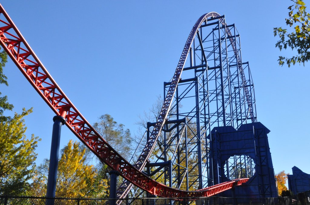 six flags new england begins bizarrosuperman transformation