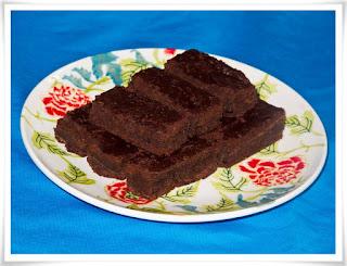 Bronies av svarta bönor och choklad