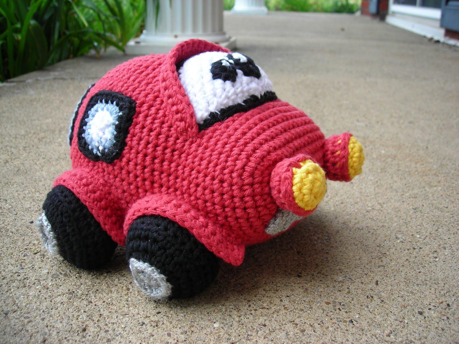 Amigurumi Free Pattern Car : UFO Crafting: Red Amigurumi Car