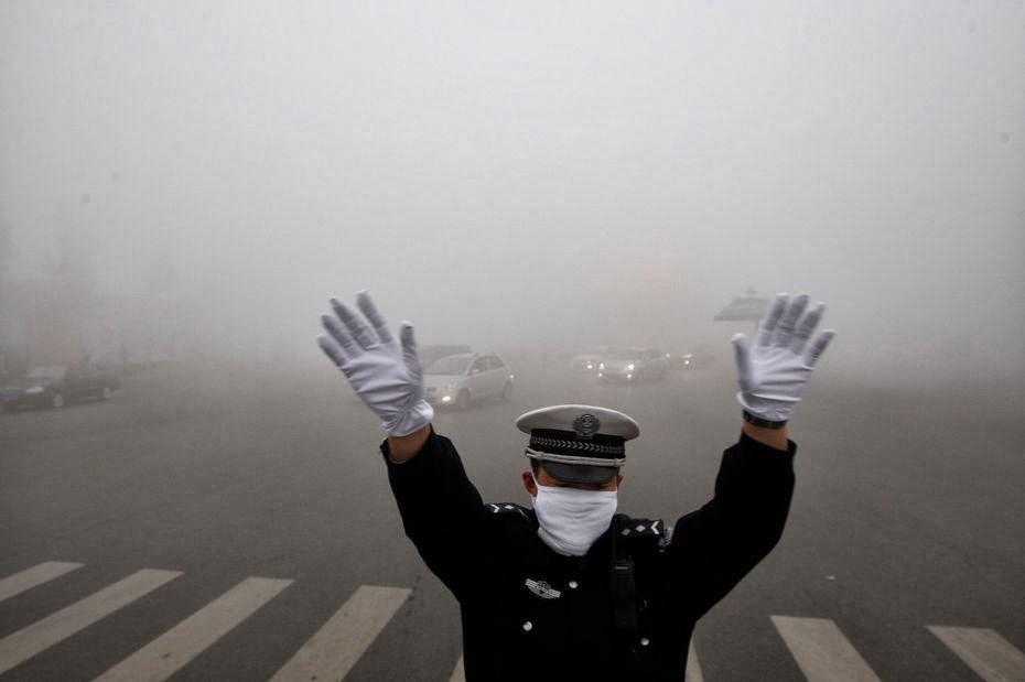 http://2.bp.blogspot.com/-_ShcuDvF1lo/UmbLuEFqH8I/AAAAAAAAUIQ/lULbJYYn68c/s1600/Airpocalypse.jpg