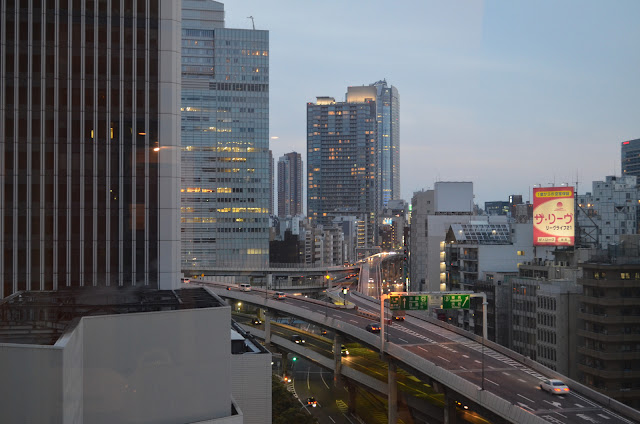 Flyover junction in the evening, Akasaka, Tokyo(夕方には高架道路のジャンクション、赤坂、東京)