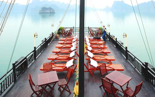 Sundeck- Glory Cruise