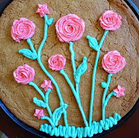 http://happierthanapiginmud.blogspot.com/2015/05/simple-flower-technique-for-decorating.html