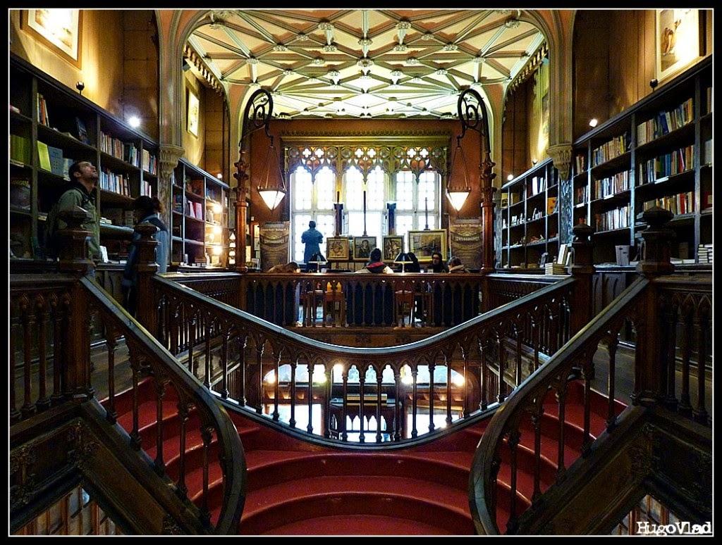 A mais bela livraria do mundo Lello