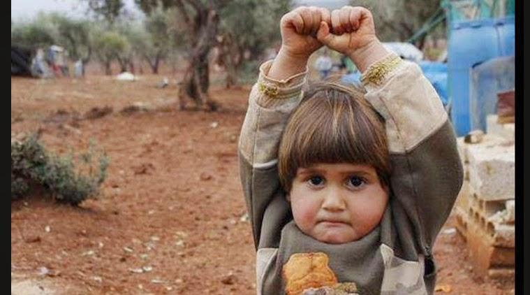 Menina síria rende-se perante câmera