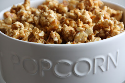 how to make easy toffee popcorn