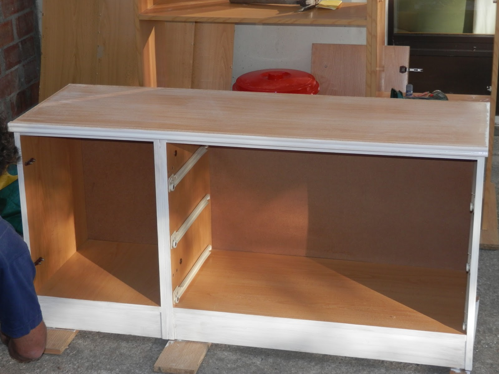 Aprovechando pintar mueble de melamina for Programa para crear muebles de melamina