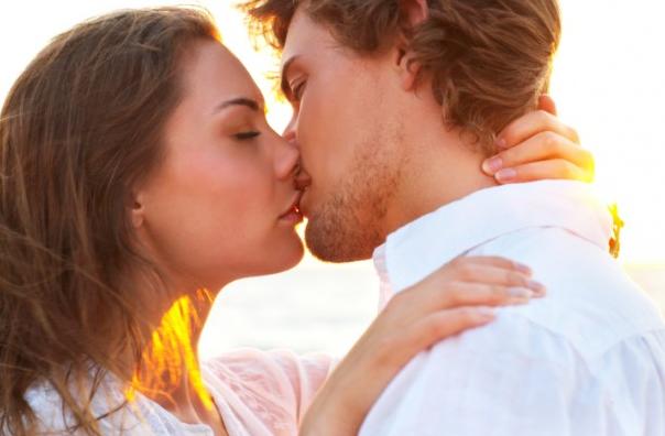अमेरिकन चुंबन कैसे करें