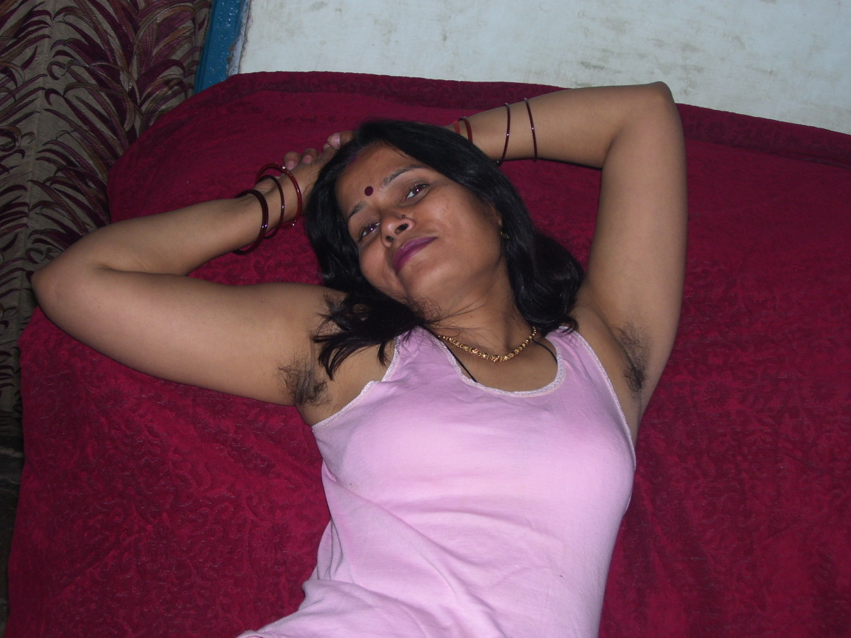 Hairy Armpit Indian Aunty intended for sexy matured indian aunty showing hairy armpits n boobs pics