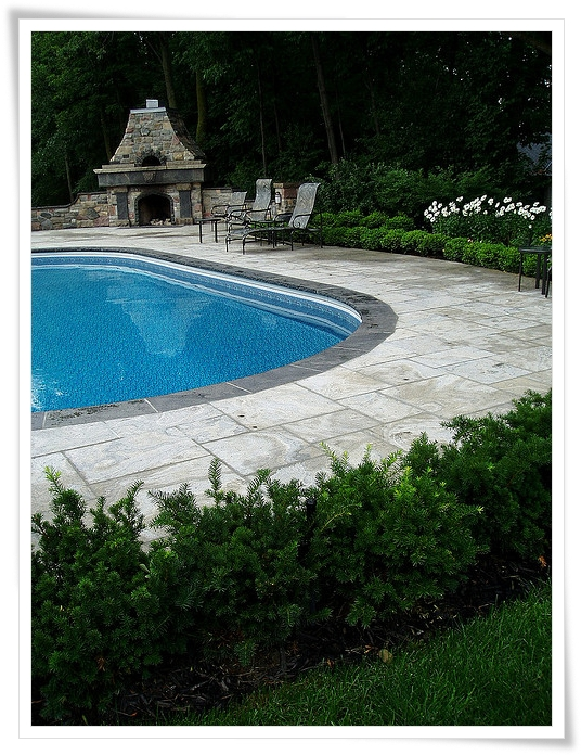 Landscaping Ideas around Pool