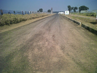 Golf Country, Yamuna Expressway :: Construction Status on July 2014 :-45 mtr Road
