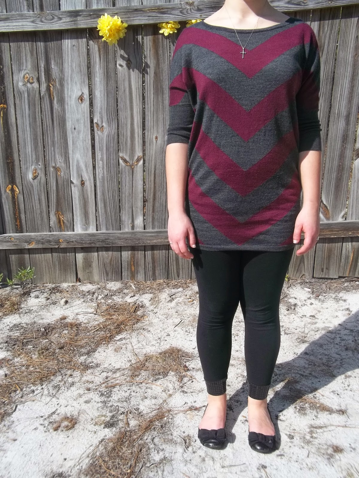The Forgotten. Purple chevron tunic sweater, black leggings, black flats, simple jewelry. http://mybowsandclothes.blogspot.com/. #chevron #leggings #flats #outfit #outfitpost #outfitinspiration