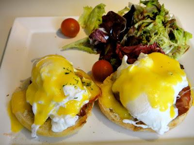 Eggs Benedict at D'Good Cafe Holland Village Singapore