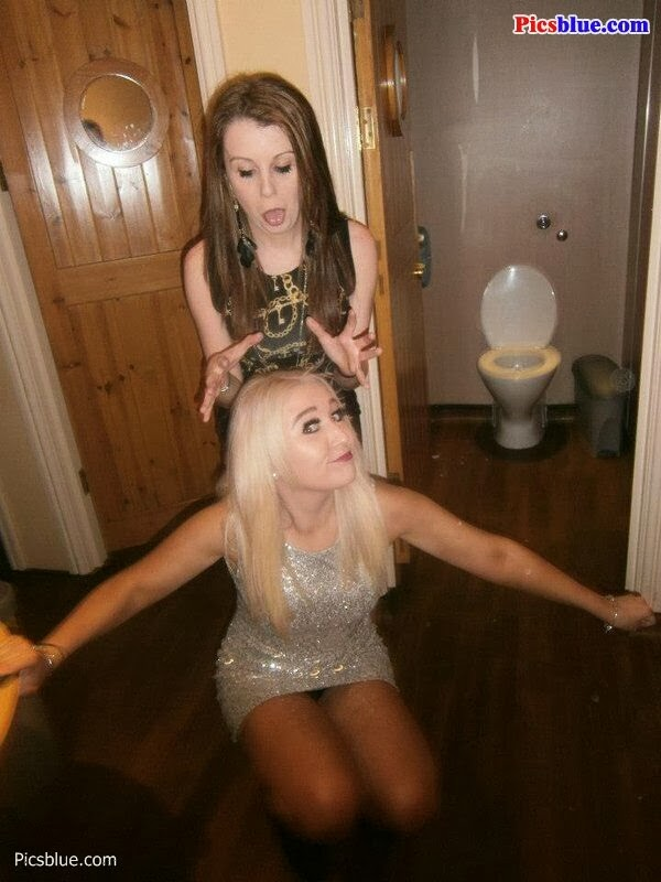 drunken party upskirts 28