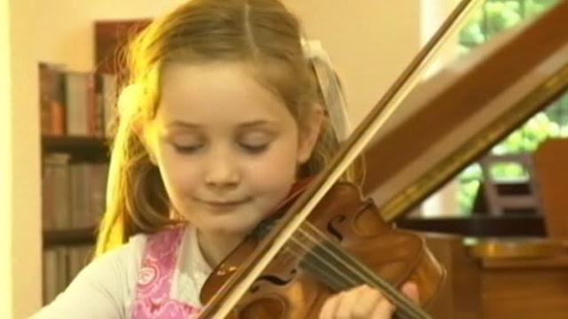 最萌小提琴手