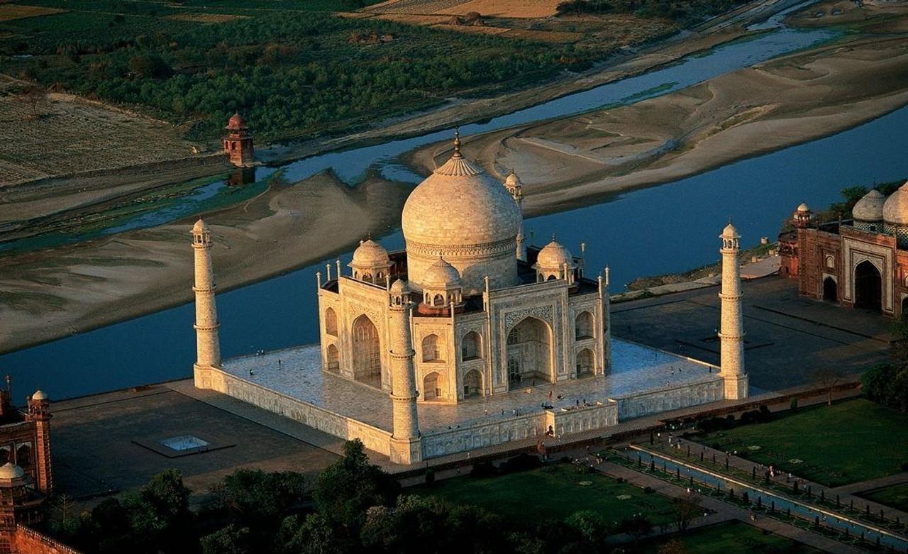 Mumbai Tourism | Mumbai Tourist Places | Mumbai Travel