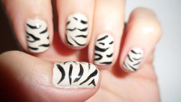 nailificent zebra print nail art