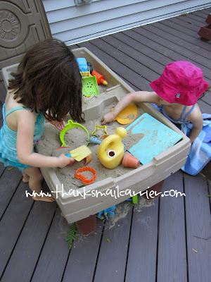 kids sand table