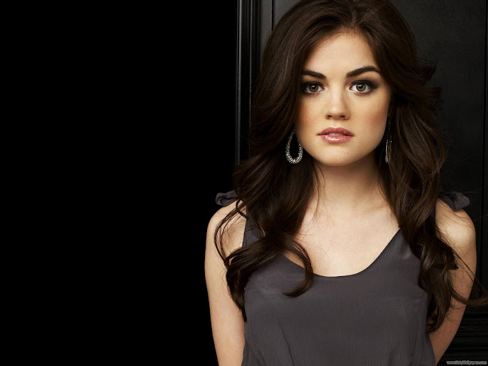 Lucy Hale HD Wallpaper -02