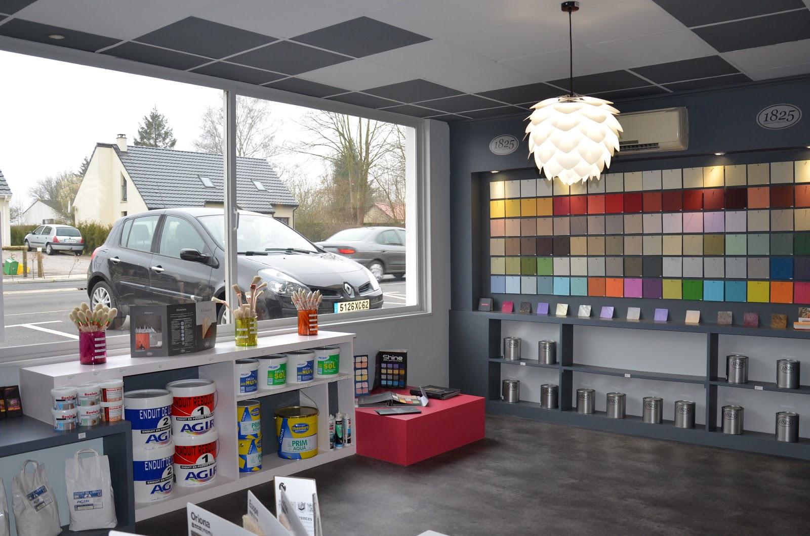 une boutique tout en couleurs la r alisation lana 39 i d coration et conception d 39 int rieur. Black Bedroom Furniture Sets. Home Design Ideas