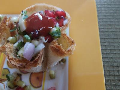 Khatti Meethi Tokri - A Crispy Healthy Tokri Chat