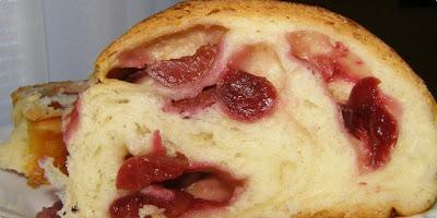 Dizani kolač s trešnjama