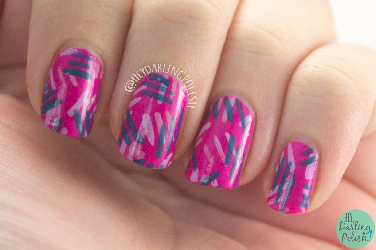 One Line Nail Art : Hey darling polish pink dashes