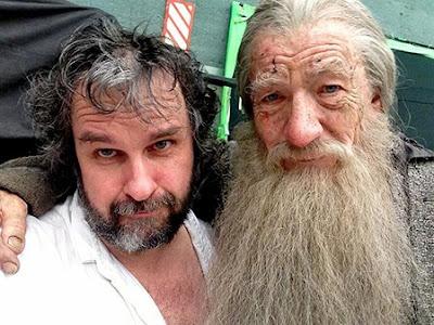 Ian McKellen se despide con gesto triste de Gandalf