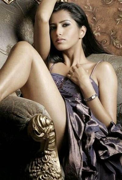 Action Jackson Actress Manasvi Mamgai