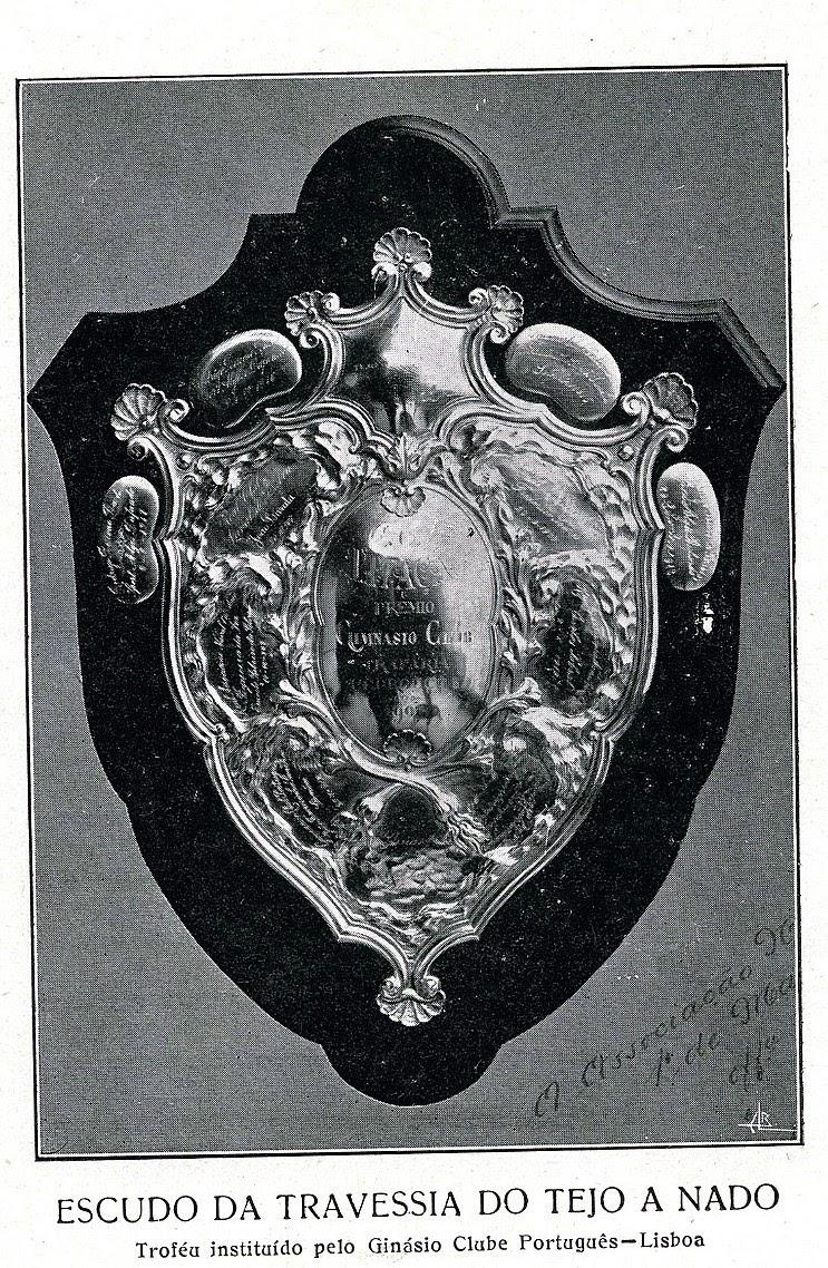 Escudo Travessia Tejo Nado