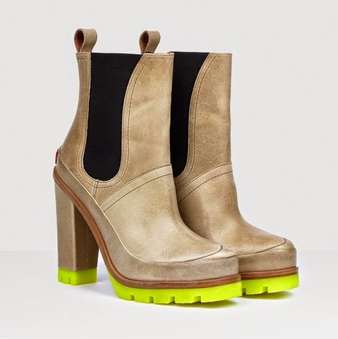 Hunter high heel snow boot