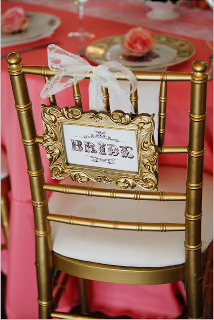 decorar las sillas en una boda
