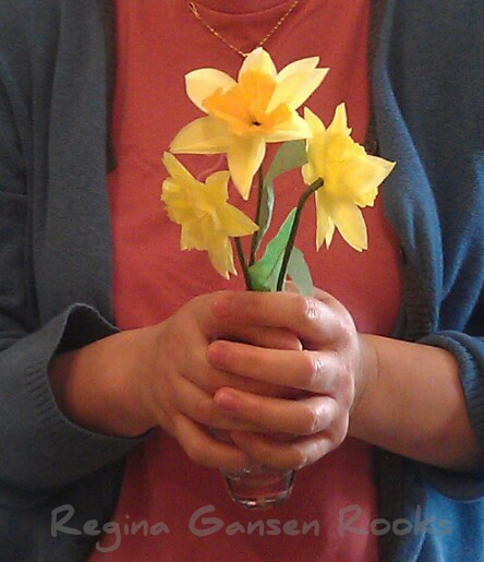 how to make tissue paper daffodils