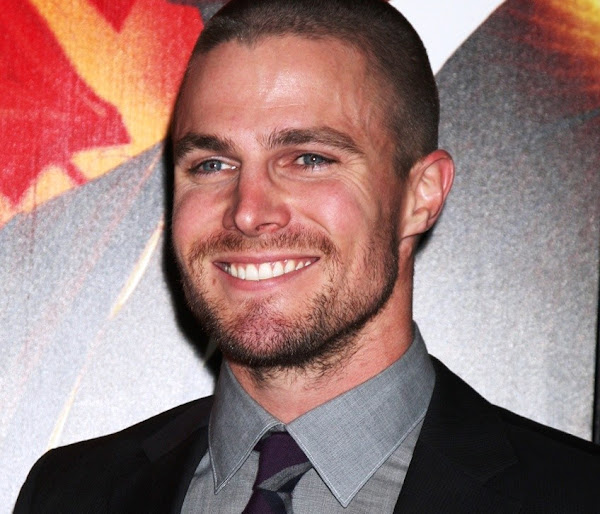 Stephen Amell será Oliver Queen / Flecha Verde (Green Arrow)