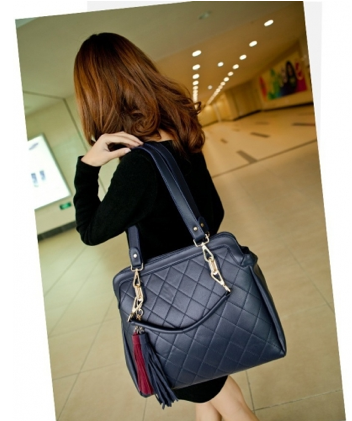 http://www.handbagwholesale.my/index.php?route=product/category&path=312_36