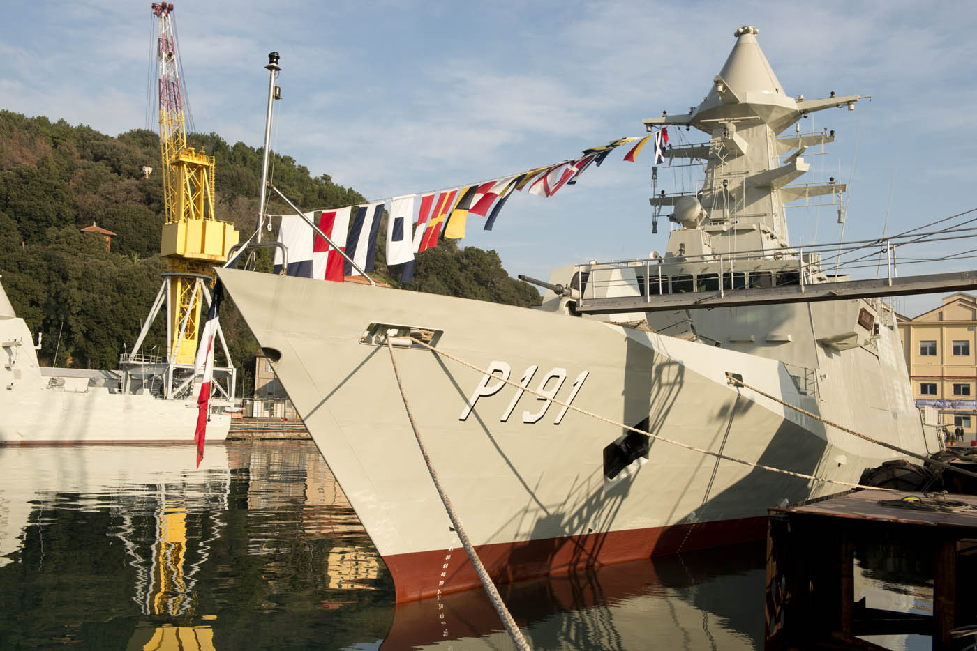 "Fincantieri delivers ""Abu Dhabi"" ASW corvette and ""Ghantut"" FALAJ ..."