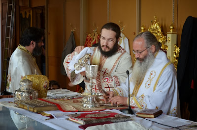 theia-leitourgia-sto-katehomeno-monastiri-tou-apostolou-andrea