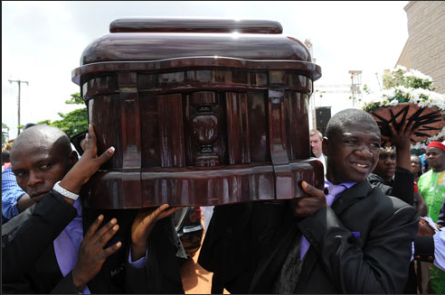 chinue achebe buried