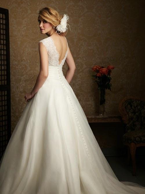 Chọn váy cưới cho cô dâu mang bầu duyên dáng 2