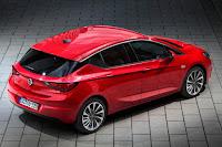 Opel Astra (2016) Rear Side