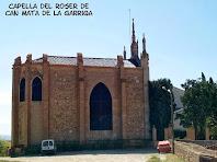 Façana de ponent de la Capella del Roser de Can Mata de La Garriga