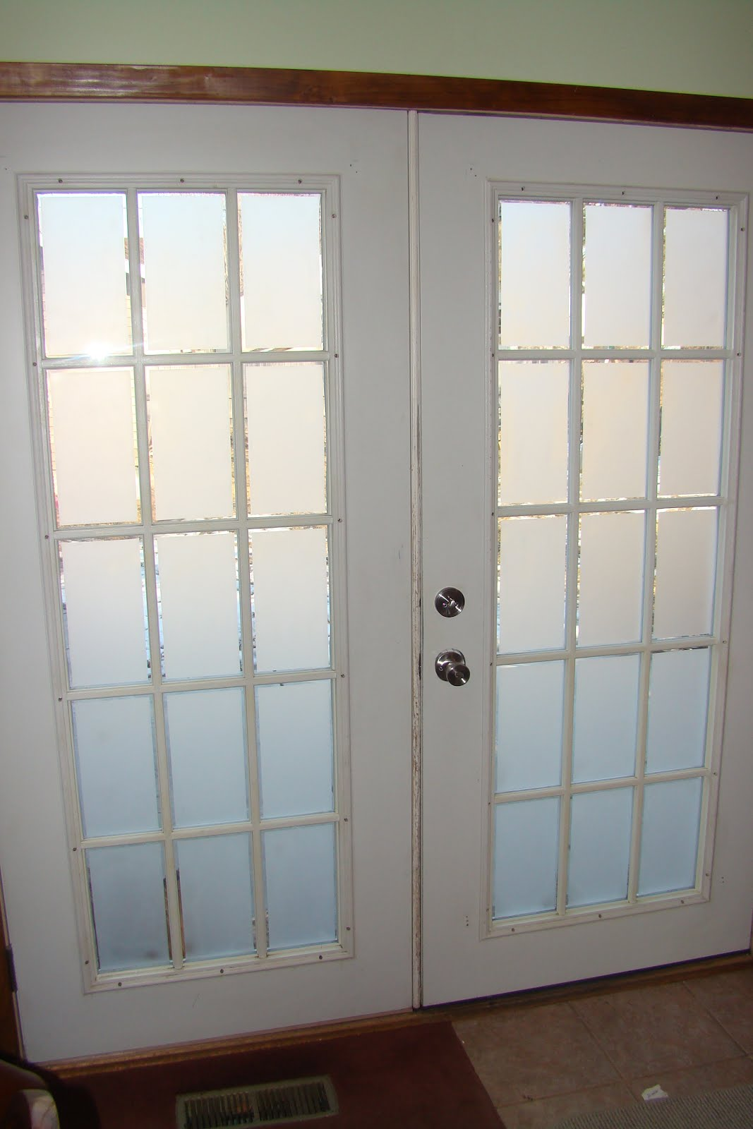 Cindy riddle frosted glass on french doors for Glass french doors