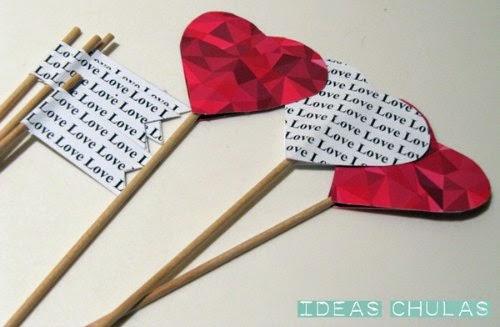 Toppers con forma de corazón y banderines love