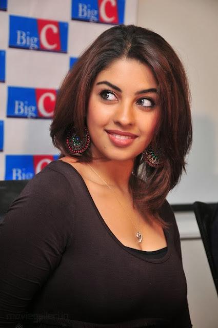 Richa Gangopadhyay in Black Dress