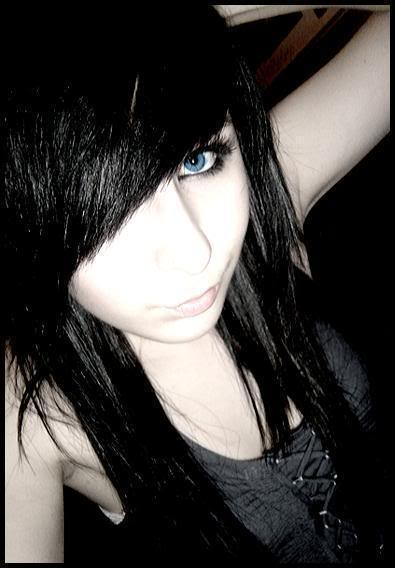 emo girl black hair
